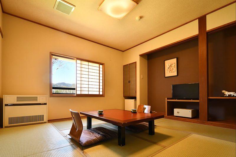 本館 和室7.5畳〜8畳メイン画像